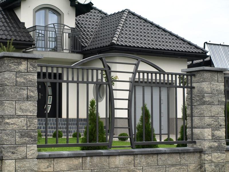 Fier forjat pitesti garduri fier forjat modele garduri for Modele de garduri pentru case
