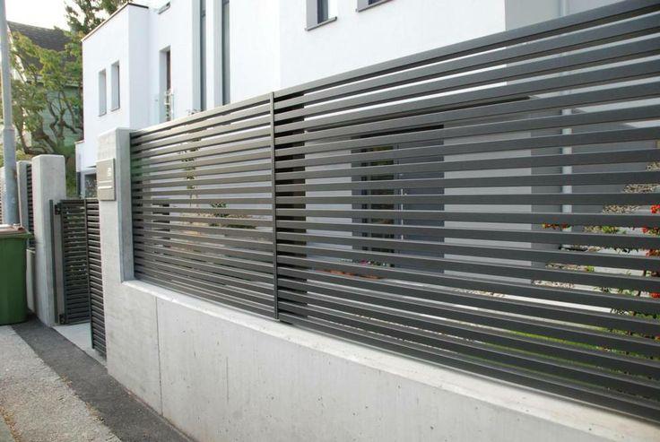 Fier forjat pitesti garduri moderne fier forjat modele garduri moderne fier forjat - Concrete fence models design ...