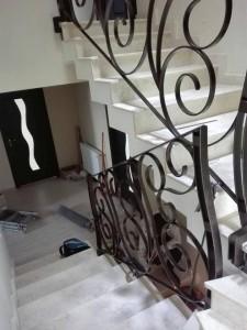1.montaj-balustrada-din-otel-lat-atelier46