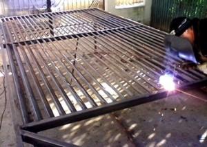 poarta-metalica-moderna-atelier46