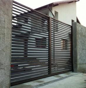 poarta-moderna-cu-sistem-autoportant-atelier46