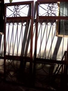 usa-fier-forjat-sticla-lemn-atelier46