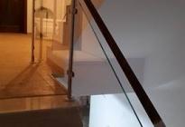 BS019-atelier46-sticla-inox-lemn